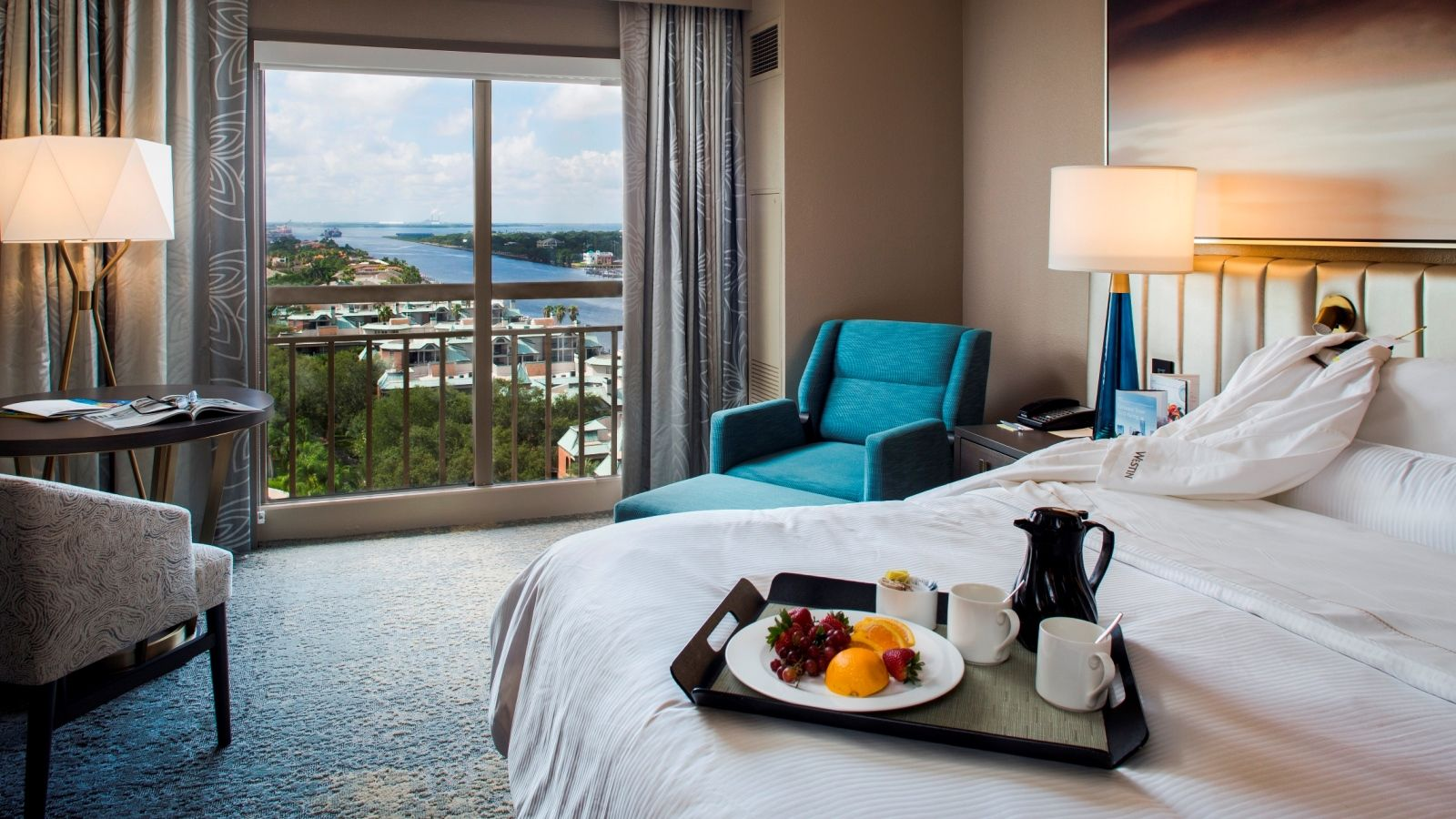 Newly Refreshed Guest Room | The Westin Tampa Waterside